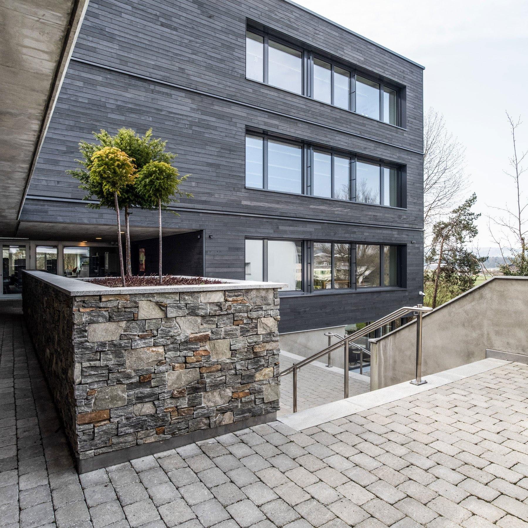 Delussu-Fotografie_Architektur_Schulhaus_Geuensee