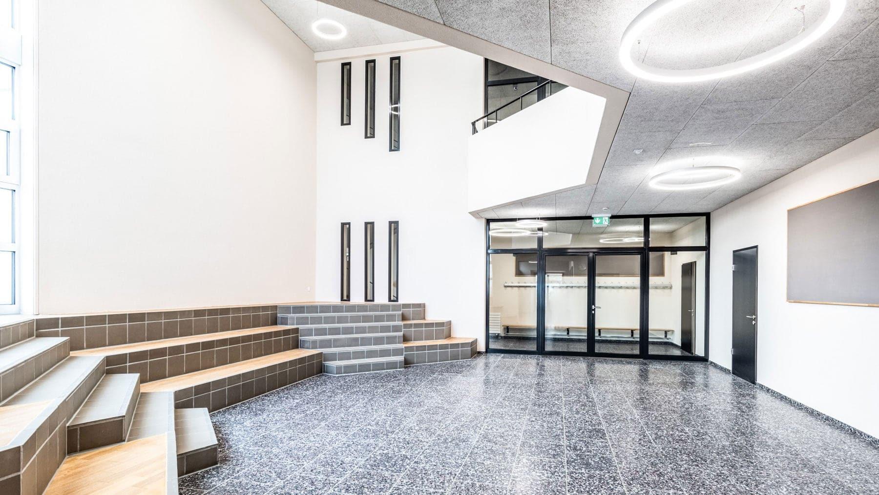 Delussu-Fotografie_Architektur_Schulhaus_Stetten